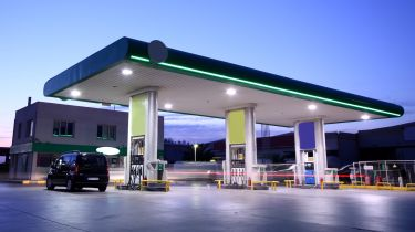 驾驶障碍增加了562英镑到燃料票据