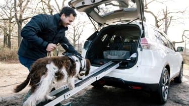 日产X-Trail 4Dogs概念在犬类方便的方面引领了