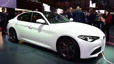 新的Alfa Romeo Giulia:价格,规格,订单书籍立即开放