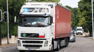 盲点探测器成为可防止的卡车保护骑自行车者